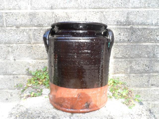 Terracotta glazed jar 001_6411