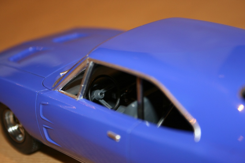 "'69 Dodge Charger ""Plum not so crazy"" (MPC) [Terminée] 1011"