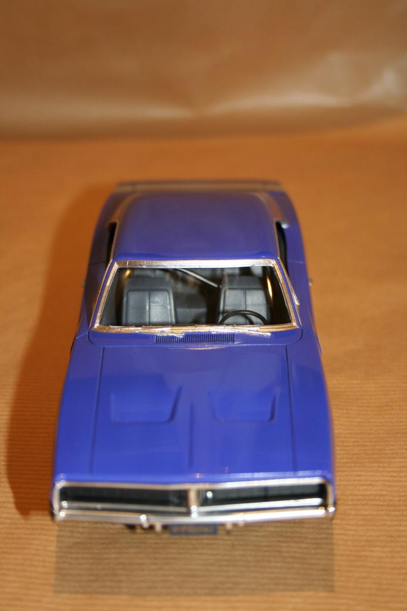 "'69 Dodge Charger ""Plum not so crazy"" (MPC) [Terminée] 1110"