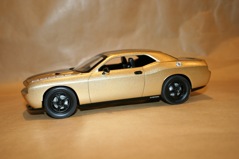 "'09 Dodge Challenger ""Ecstasy of Gold"" (Revell) [Terminé] 510"