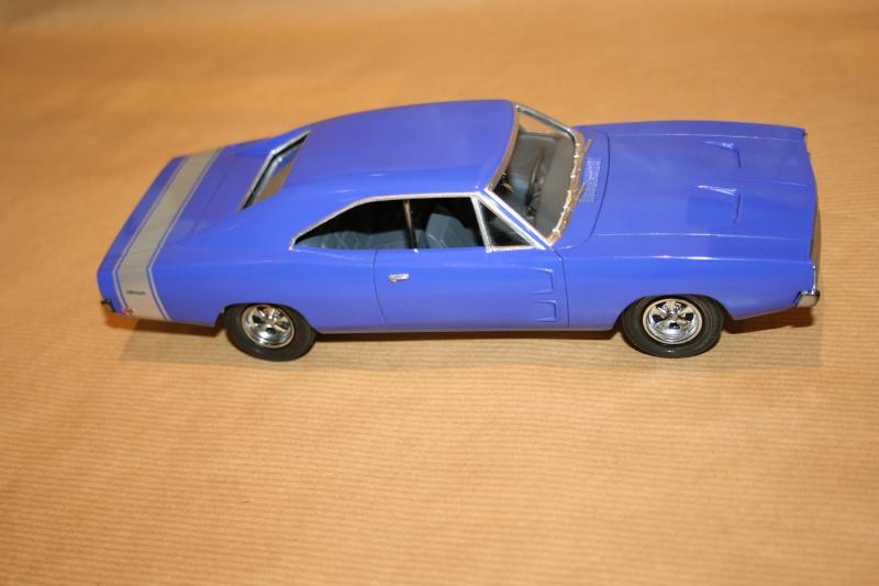 "'69 Dodge Charger ""Plum not so crazy"" (MPC) [Terminée] 511"