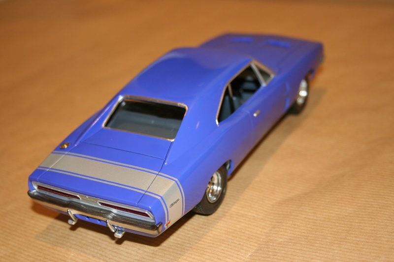 "'69 Dodge Charger ""Plum not so crazy"" (MPC) [Terminée] 611"