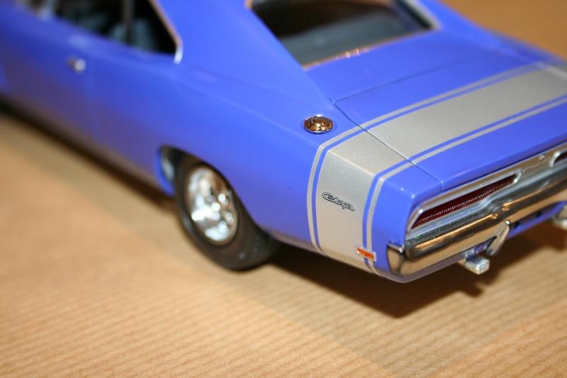 "'69 Dodge Charger ""Plum not so crazy"" (MPC) [Terminée] 711"