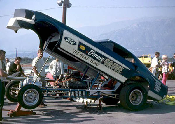 "Ford C-600 ""Tommy Grove Race Car Hauler"" (AMT) [STANDBY] 9_grov10"