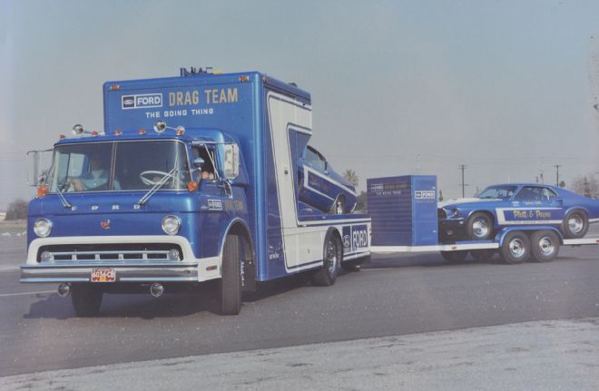 "Ford C-600 ""Tommy Grove Race Car Hauler"" (AMT) [STANDBY] Ford-d10"