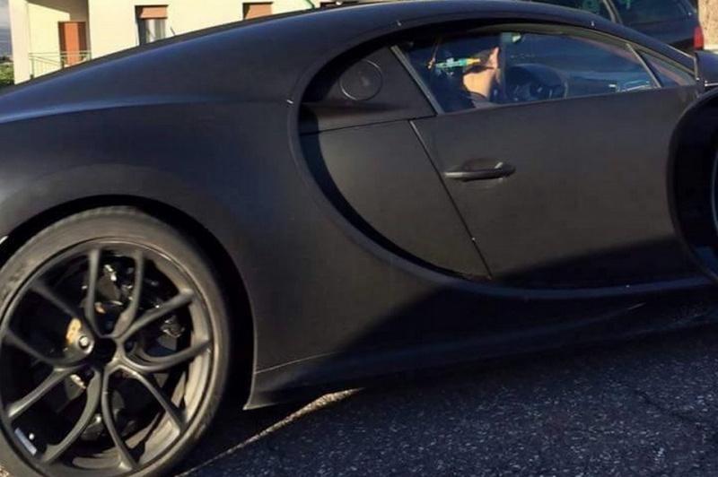 2016 - [Bugatti] Chiron  - Page 8 Bugatt13