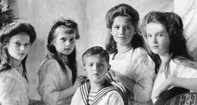 Le drame de Nikolas 2 tsar Russe et sa famille Nicola10