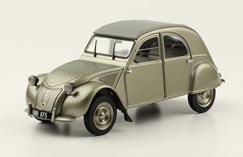 """Collection """"Les plus beaux modèles Citroën - Hachette 1/24ème - Page 2 N1210"""