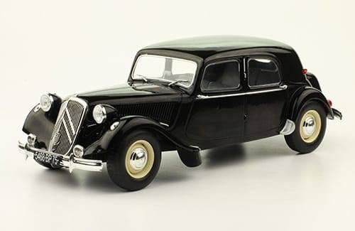 """Collection """"Les plus beaux modèles Citroën - Hachette 1/24ème - Page 2 N711"""