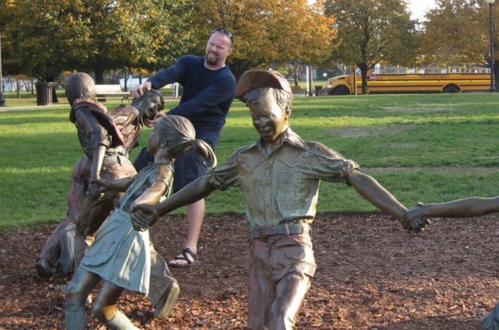 Des statues amusantes ! - Page 4 Pose-a10