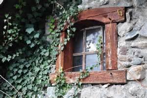 Des fenêtres d'hier et d'aujourd'hui. - Page 20 Thihu810