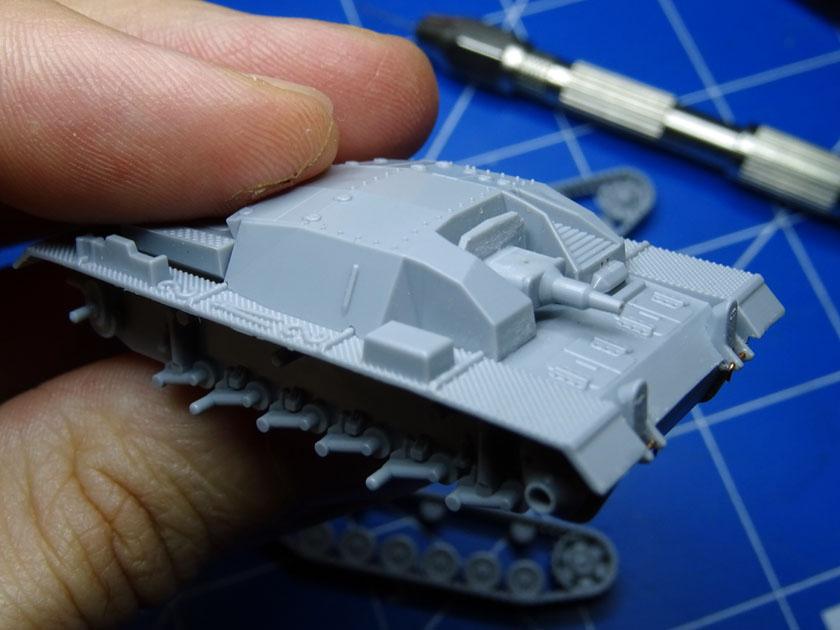 StuG III Ausf B [ Zvezda 1/100ème ] ( Terminé ) Dsc03212