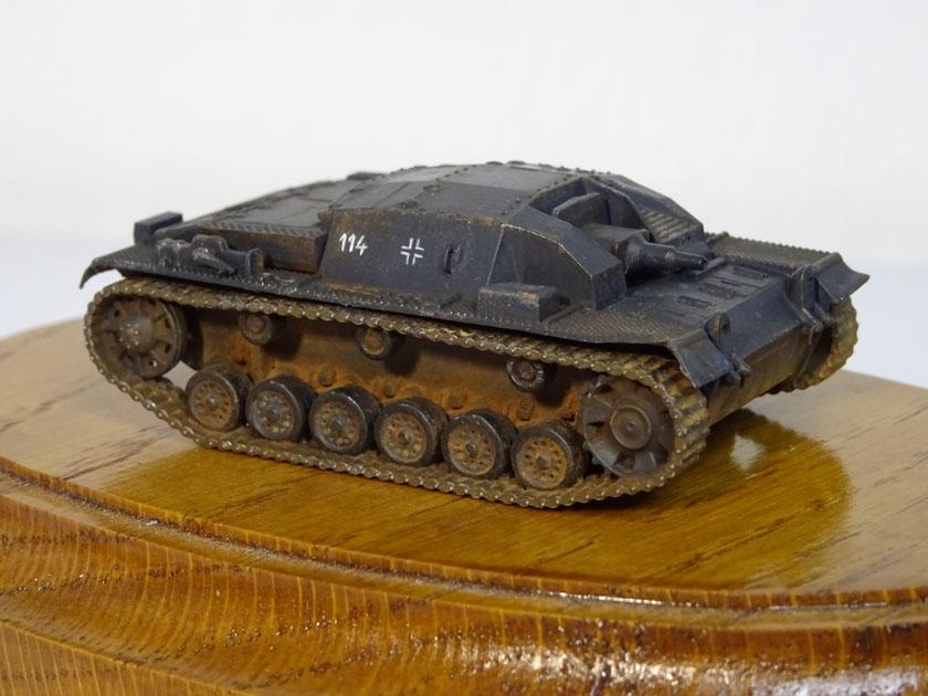StuG III Ausf B [ Zvezda 1/100ème ] ( Terminé ) Dsc03217