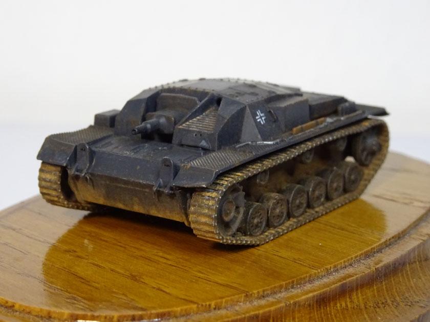 StuG III Ausf B [ Zvezda 1/100ème ] ( Terminé ) Dsc03218