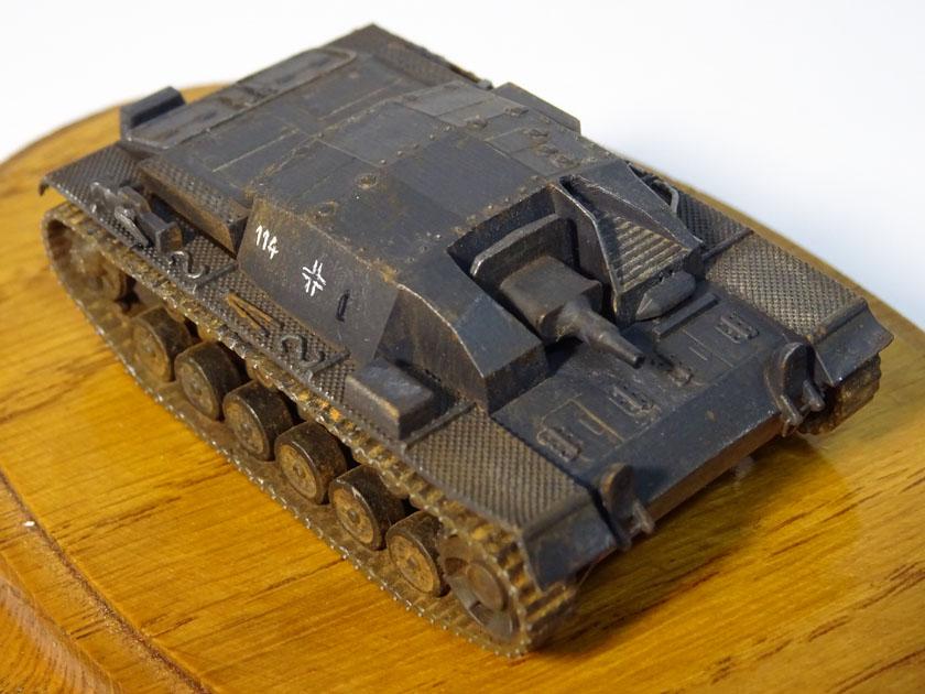 StuG III Ausf B [ Zvezda 1/100ème ] ( Terminé ) Dsc03220
