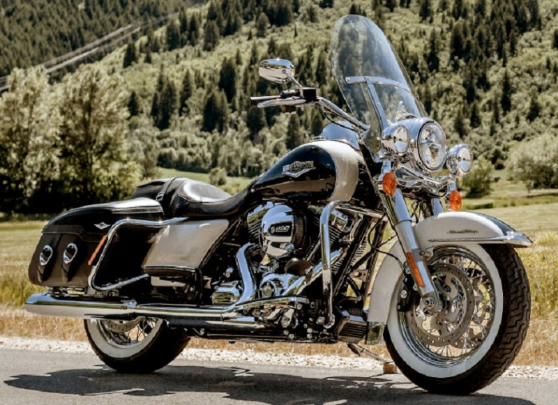 Touring ROAD KING CLASSIC Harley15