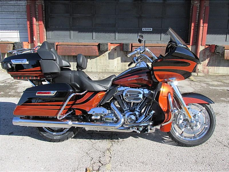 CVO ROAD GLIDE ULTRA Harley16