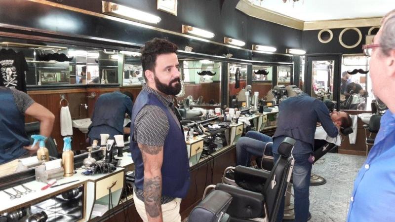 Un nouveau barbier à Lisbonne Barbie12