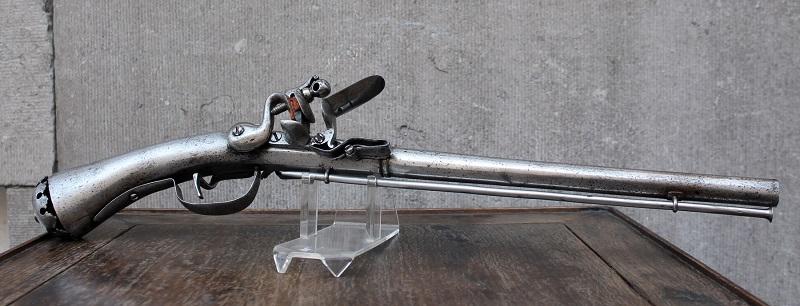 Rare pistolet à silex 17 ème siècle 17th-c11