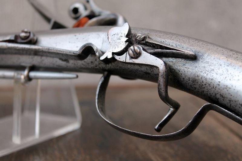 Rare pistolet à silex 17 ème siècle 17th-c15