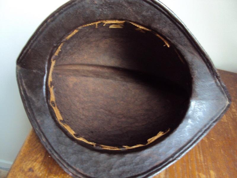 Un beau casque morion du XVI ème siècle Dsc03310