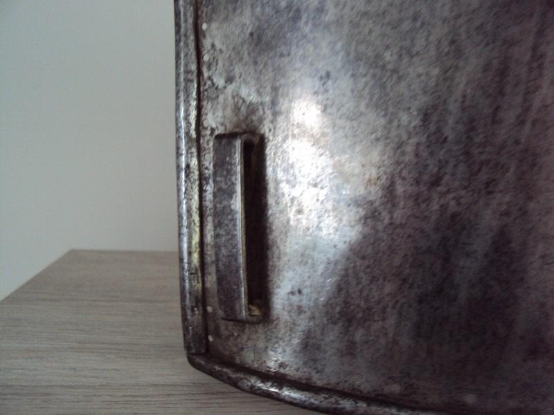 Morion, cuirasse, dague... XVII ème Dsc04036