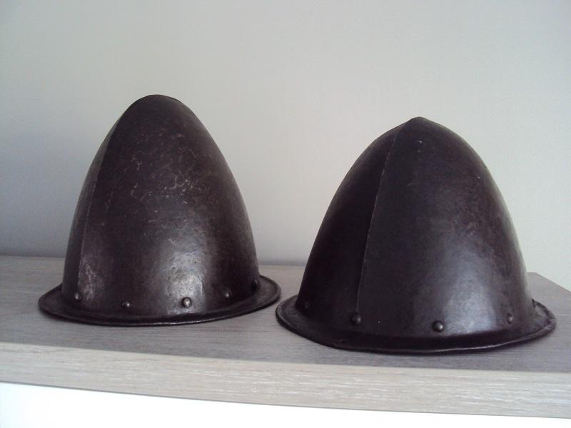 Duo de cabassets allemands XVI - XVII ème Dsc04623