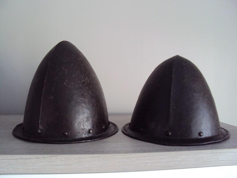 Duo de cabassets allemands XVI - XVII ème Dsc04624
