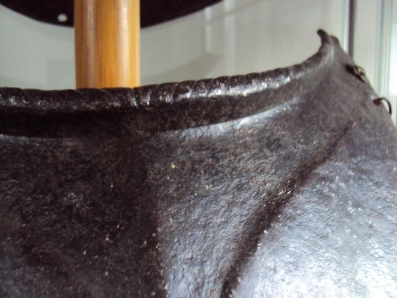 Plastron de cuirasse XVI ème siècle Dsc05122