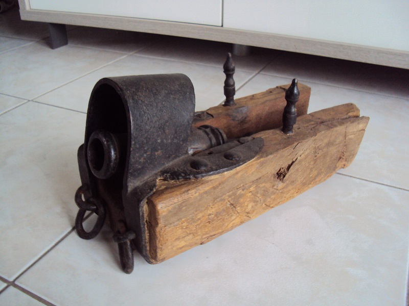 Petit canon de marine XVIII ème Dsc05189