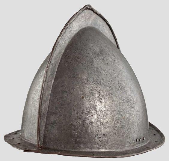 Casque: Cabasset à crête 17 ème siècle Pikeni10