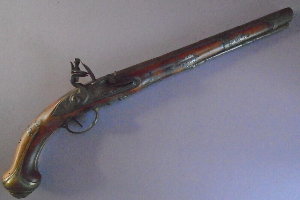 Long pistolet à silex fin 17ème début 18ème S-l16013