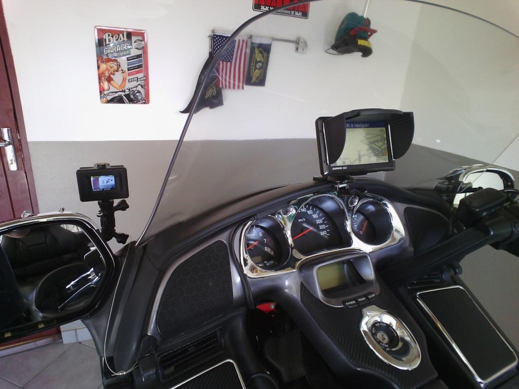 modif Support GPS garmin sans aérateur de pare brise Gopro_10