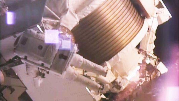 [ISS] EVA 32 et 33, les 28 octobre et 6 novembre 2015 185