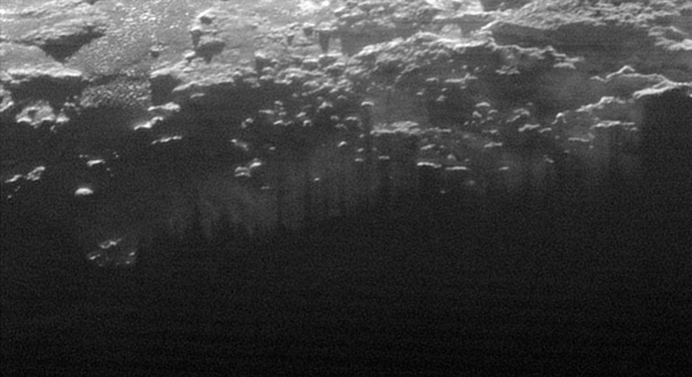 New Horizons : survol de Pluton (1/2) - Page 38 313