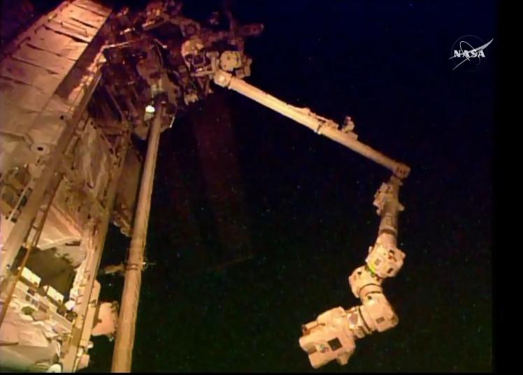 [ISS] EVA 32 et 33, les 28 octobre et 6 novembre 2015 Scree128
