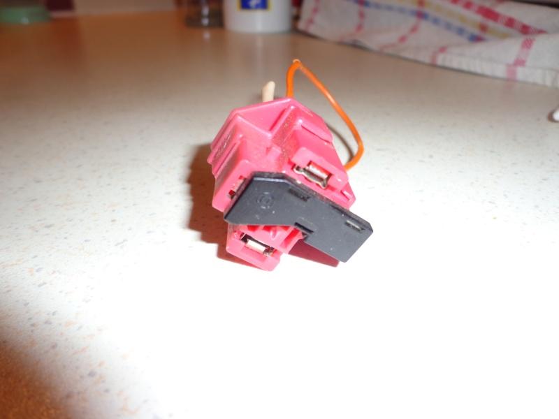 Gros souci electrique Dsc04611