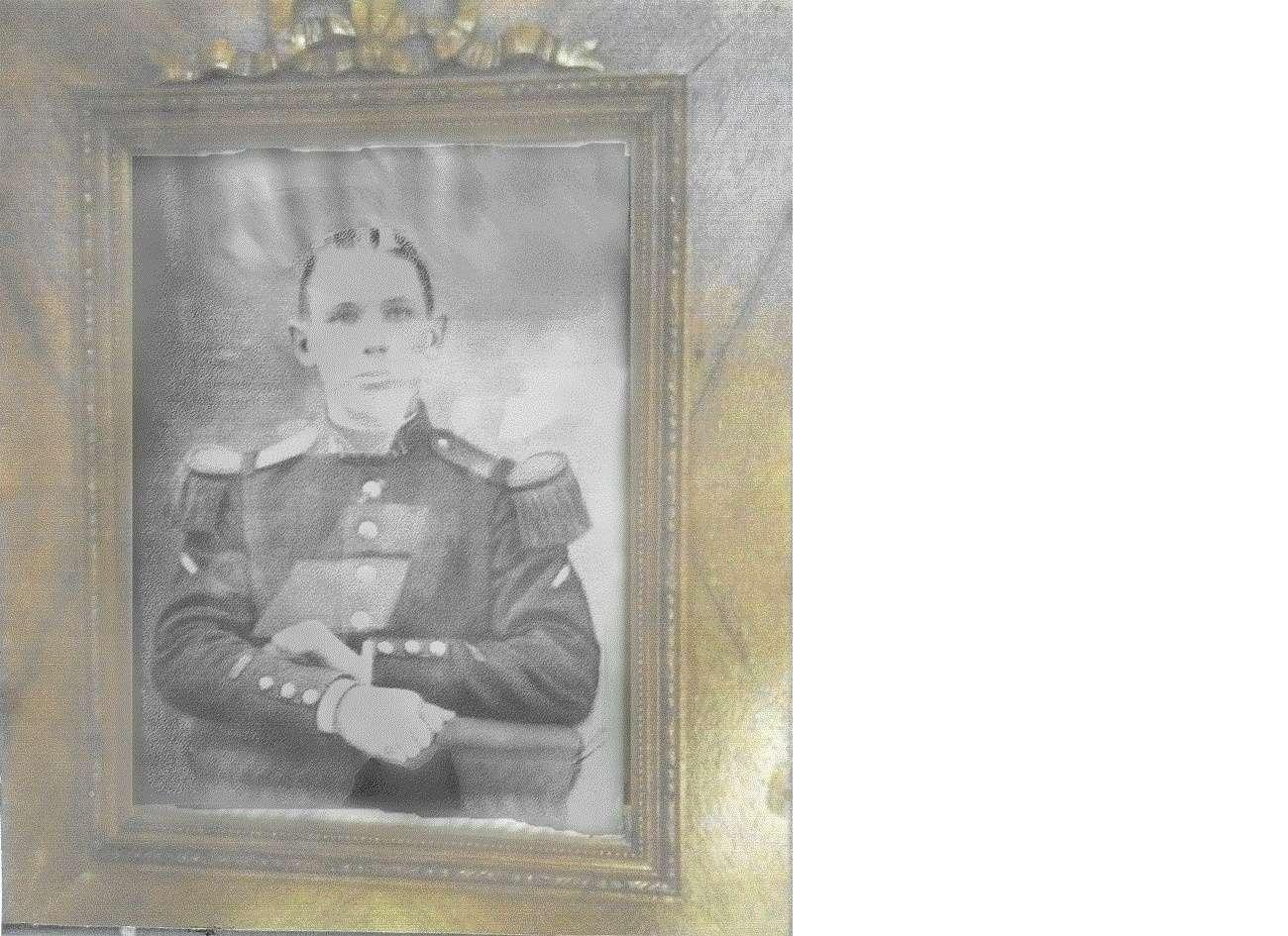 Un petit soldat de la grande guerre : portrait retouché. Willy_10