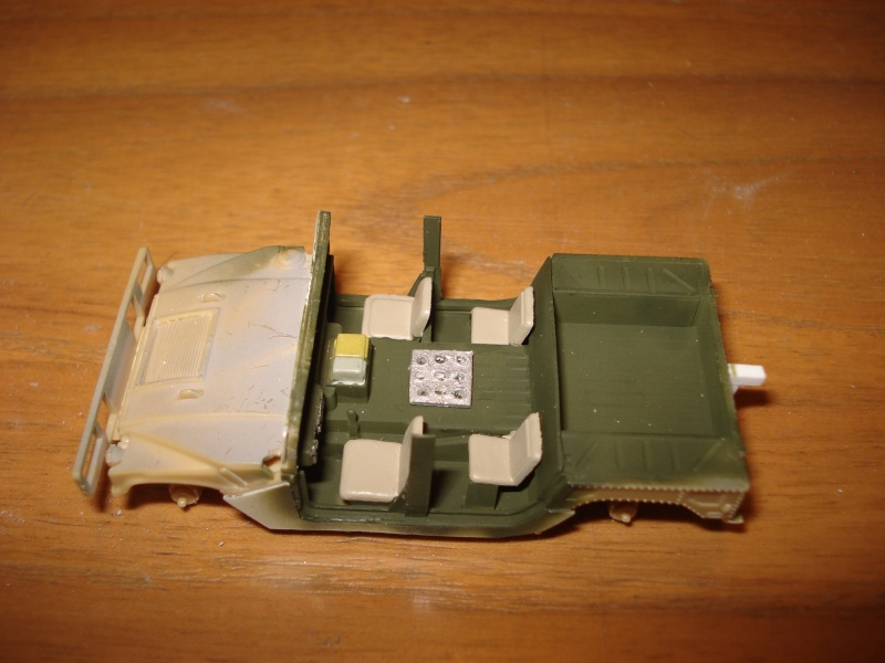 "[Revell 1/72 + scratch] Humvee ""Irak war"" et son convoi.... Dsc00012"