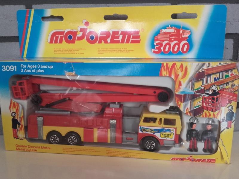 N°3091 1972`Ward La France Incendie Nacelle 20151022