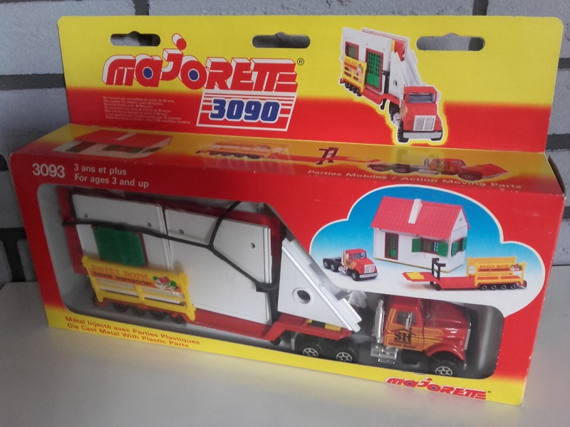 N°3093 White RoadBoss II Transport Maison Majokit 20151023