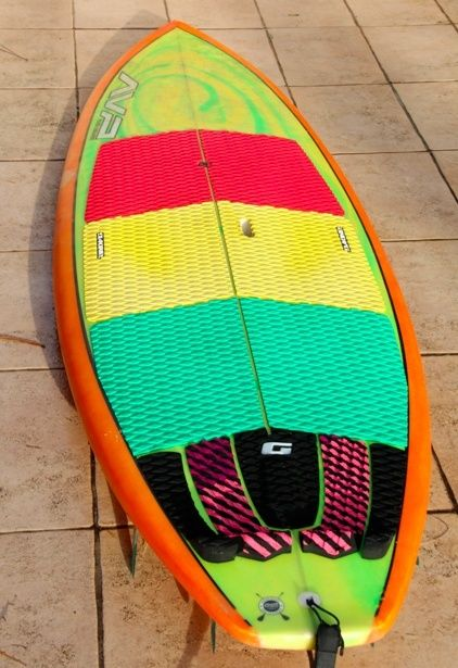 Sup AVP custom 8'3 Captur10