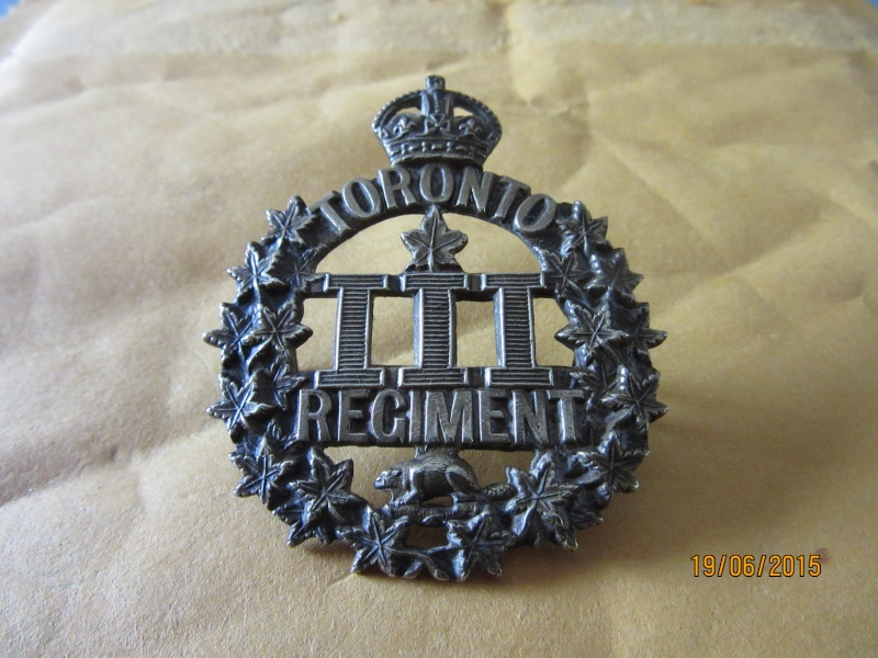 Cap badges canadiens WWI 3rd_to10