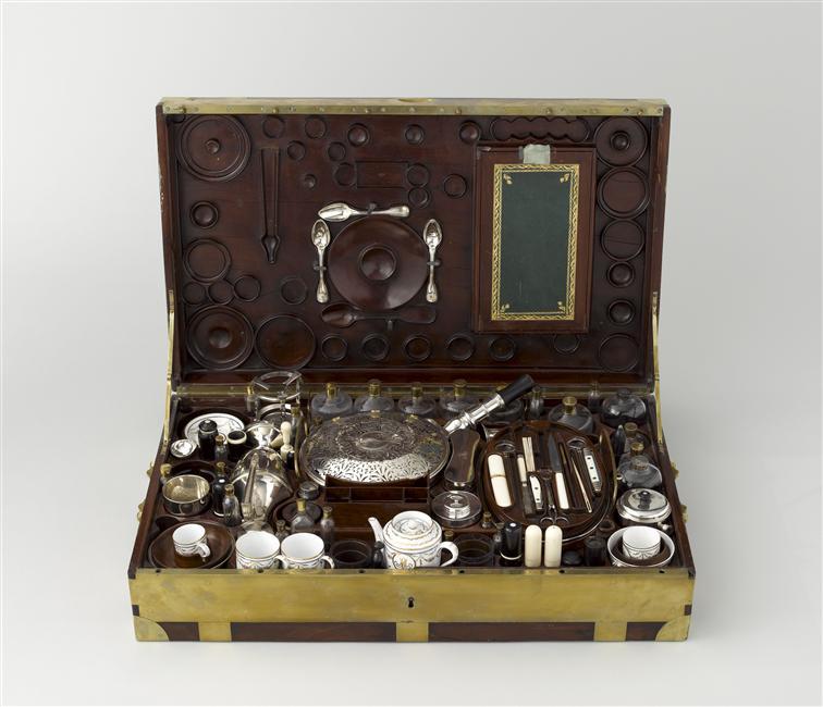 Nécessaires - Les nécessaires de voyage de Marie-Antoinette 07-52410