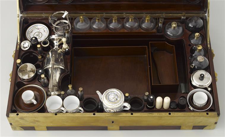Nécessaires - Les nécessaires de voyage de Marie-Antoinette 07-52815
