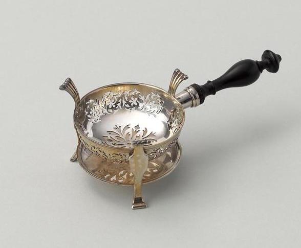 Nécessaires - Les nécessaires de voyage de Marie-Antoinette 07-52823