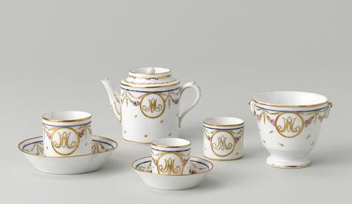 Nécessaires - Les nécessaires de voyage de Marie-Antoinette 07-52828