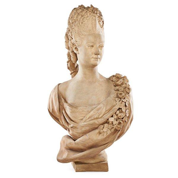 Buste de Mme Adélaïde, de Mme Clotilde, ou d'une inconnue (mais non pas de Marie-Antoinette) par Vavasseur ?  40456110