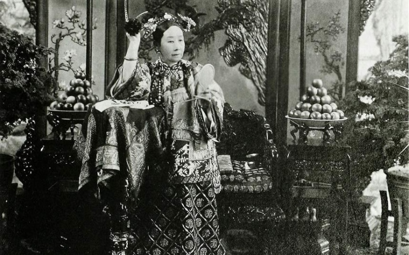 L'impératrice Cixi, biographie de Jung Chang Cixi-f10