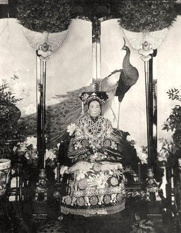 L'impératrice Cixi, biographie de Jung Chang Empres12